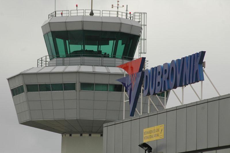 Otkazani letovi za Zagreb i Frankfurt
