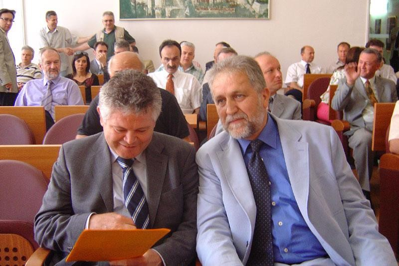 Vlahušić priznao da je Vićan u sukobu interesa!