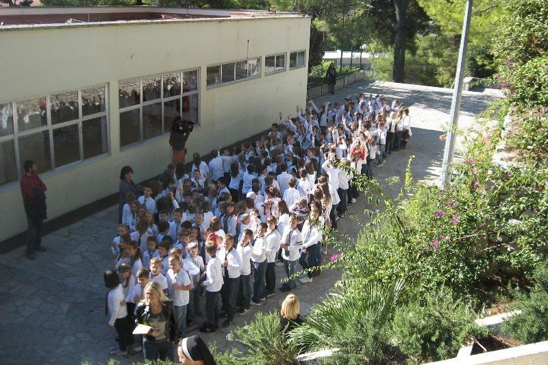 Školarci proslavili Dan kravate