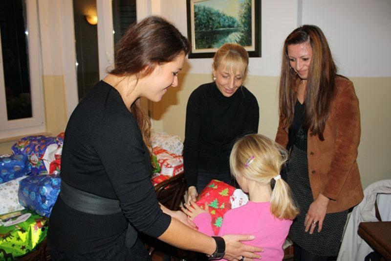 Studenti pomažu malim anđelima