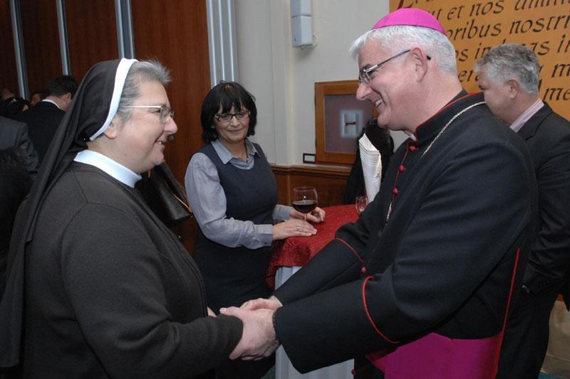 Biskup Uzinić proglasio 14. lipnja danom posta
