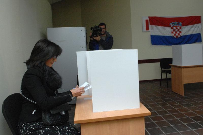 U Saboru Šimac Bonačić, Matušić i Tomašić