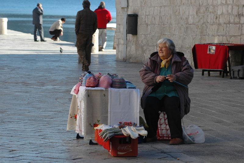 Pomoć za umirovljenike