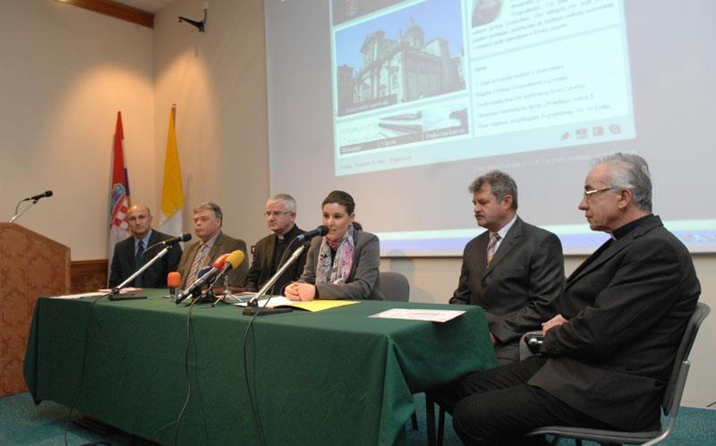 Biskup Uzinić:  Doprinosite boljitku društva