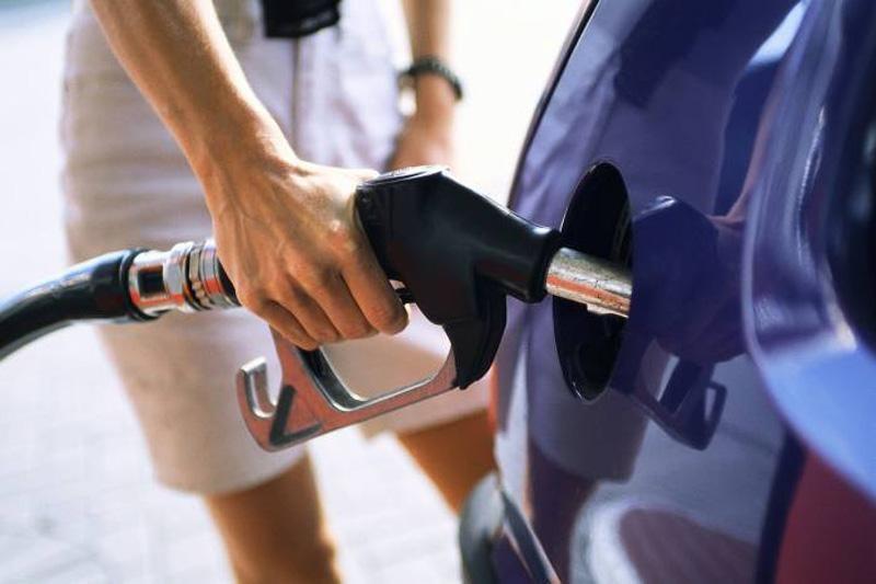 Poskupljuje benzin, dizel jeftiniji