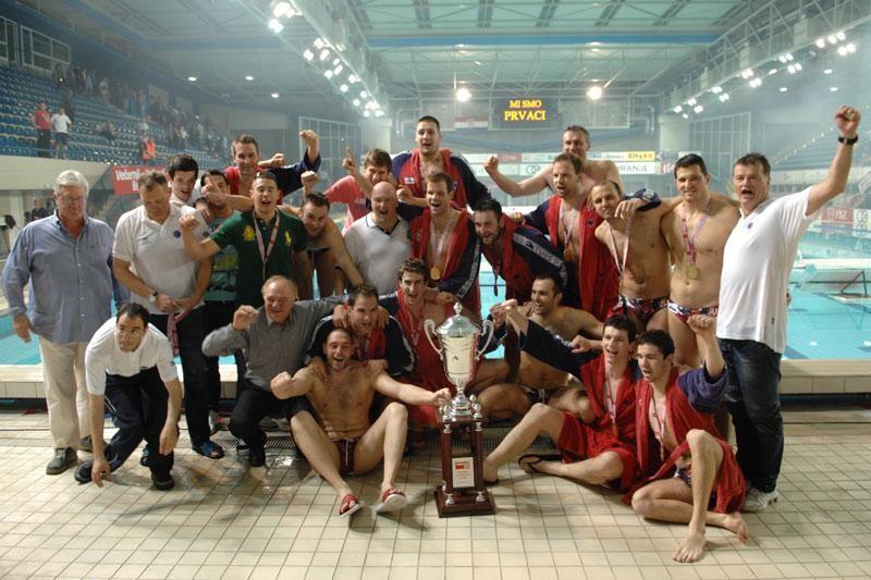 FOTO: Prvaci Hrvatske! Jugov 50-ti trofej