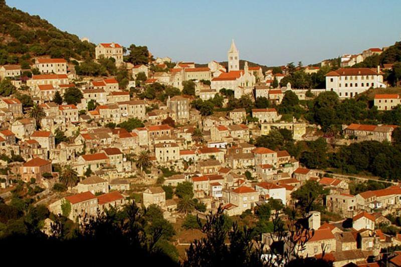Josipović: Zapuštena imovina ničemu ne koristi