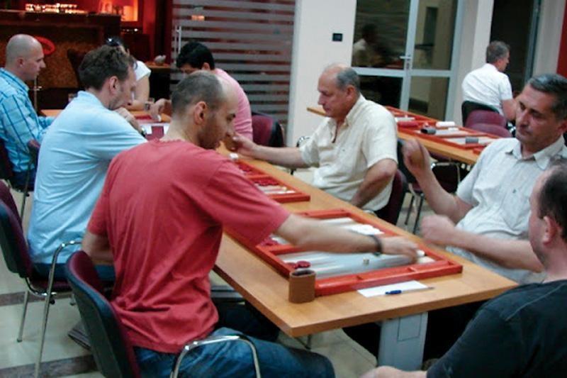 Vikend uz backgammon