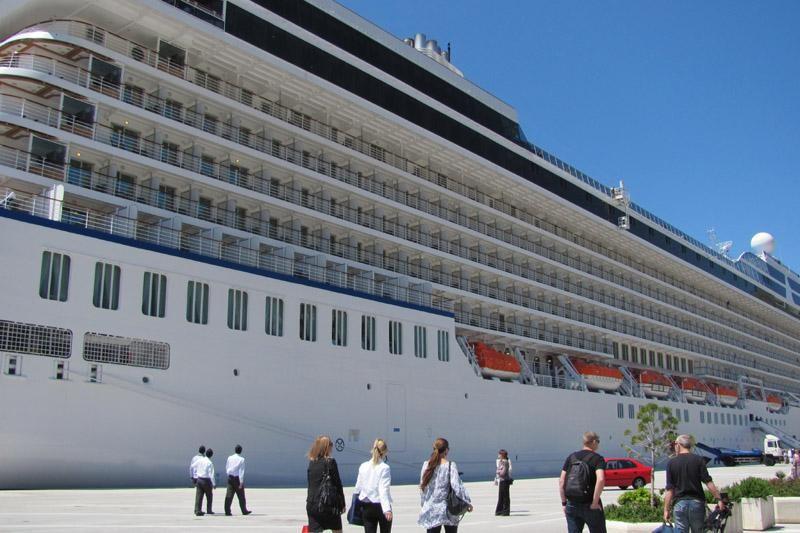 FOTO: Riviera uplovila u Dubrovnik
