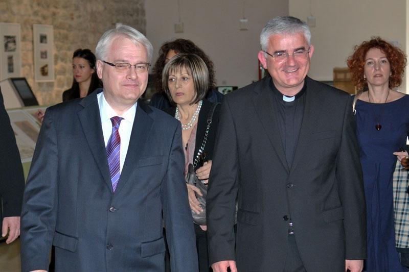 Sastali se biskup Uzinić i predsjednik Josipović