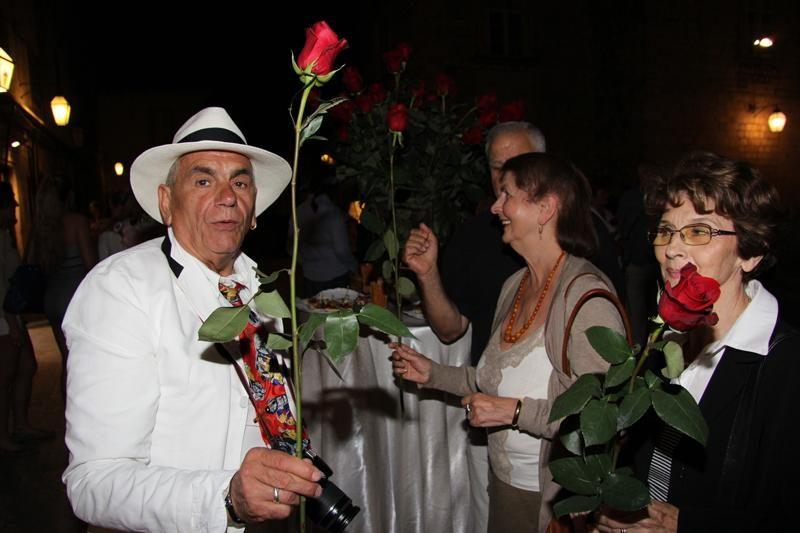 Šimine ruže za Dubrovnik