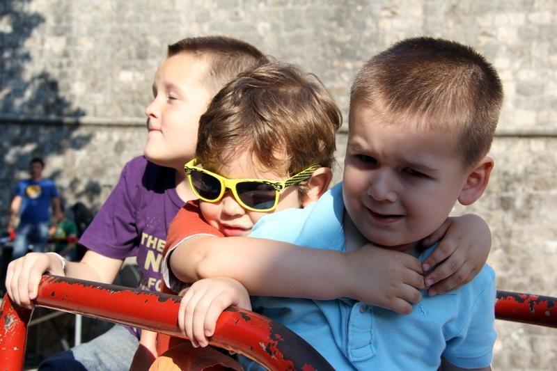 Foto: Vrtuljak zavrtio djecu u Pilama