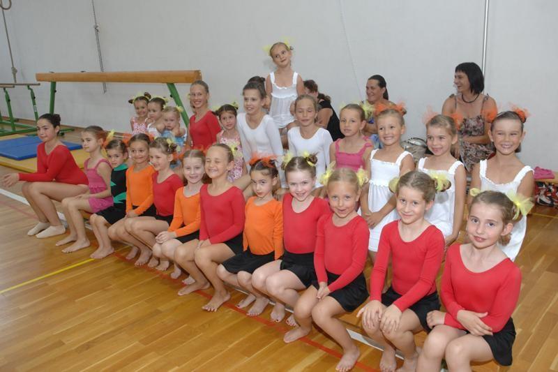 FOTO Gimnastika je u Mokošici hit!