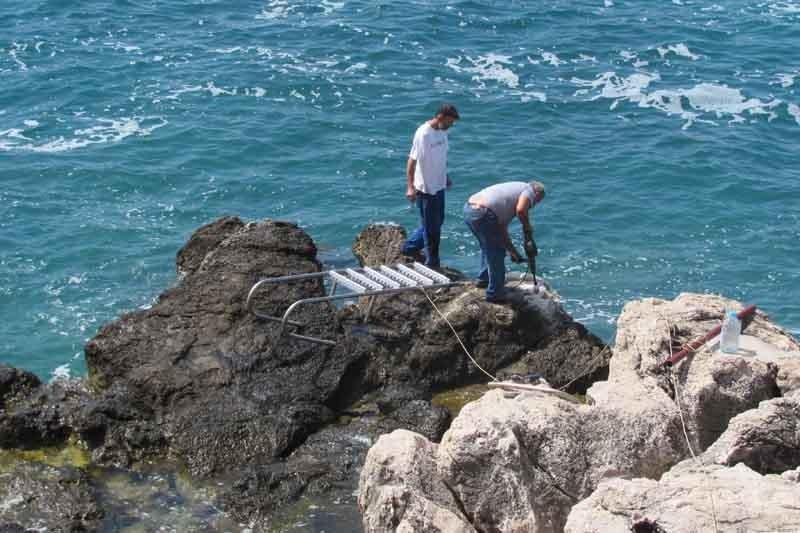 Postavlja se skalica na Komardi