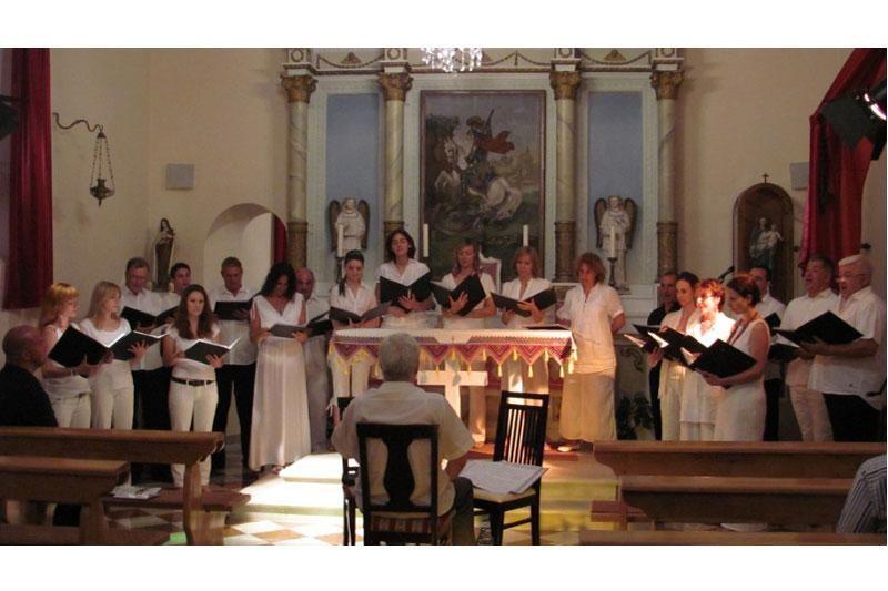 Dubrovački komorni zbor oduševio publiku