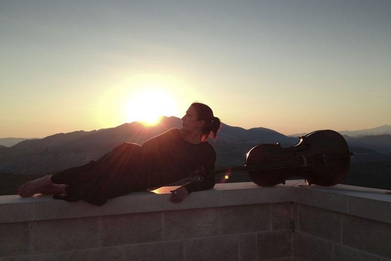 Pozdrav ljetu uz izlazak sunca