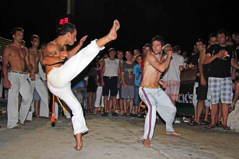 FOTO: Bakljada, brazilske plesačice i okus pobjede