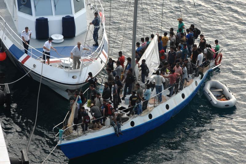 Emigranti pljeskom dočekali iskrcavanje