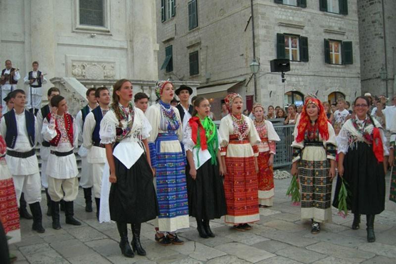 Hrvati iz Chicaga nastupili pred sv.Vlahom