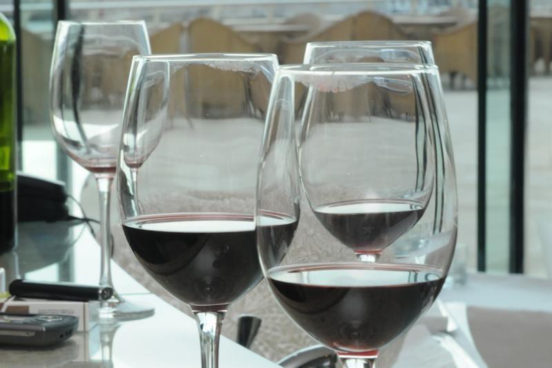 Konavoska vina i folklor u Cavtatu