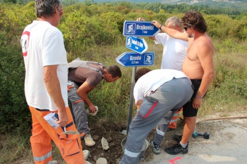 U Konavlima označeno 100 km biciklističkih staza