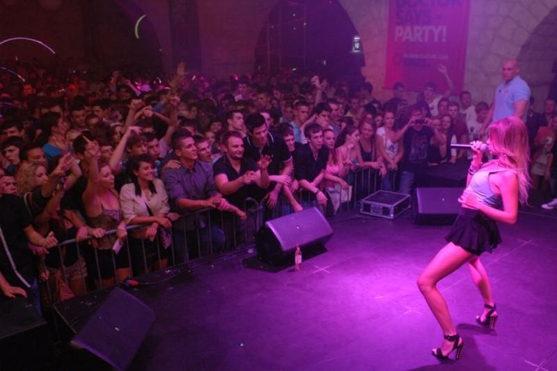 FOTO: Sjajna zabava uz Alexandru Stan