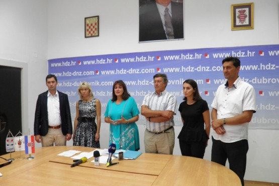 HDZ apelira na HNS i akademika Vekarića