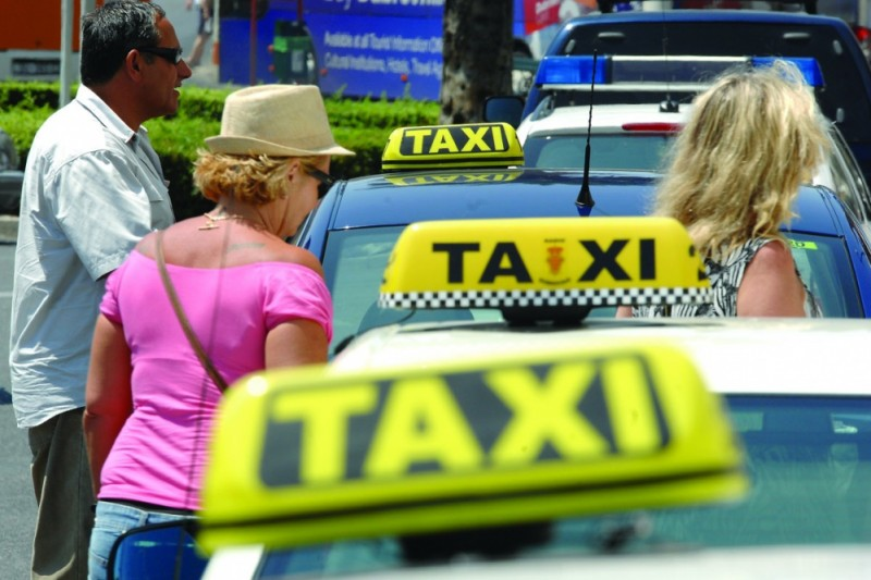 Rus taksijem od Beča do Dubrovnika pa neplatio račun