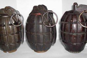 U JEDNOM DANU Trojica predala ručne bombe, detonatorske kapisle i streljivo