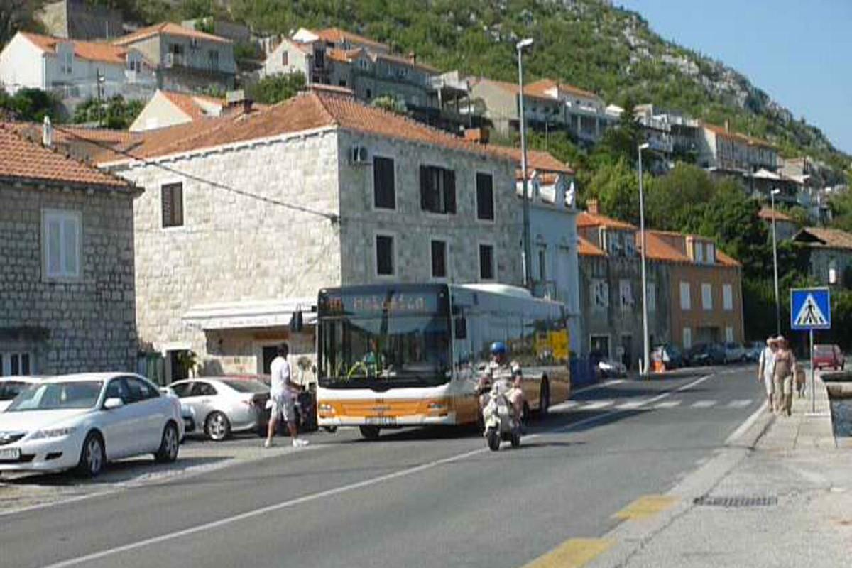 Autobus u Sustjepanu