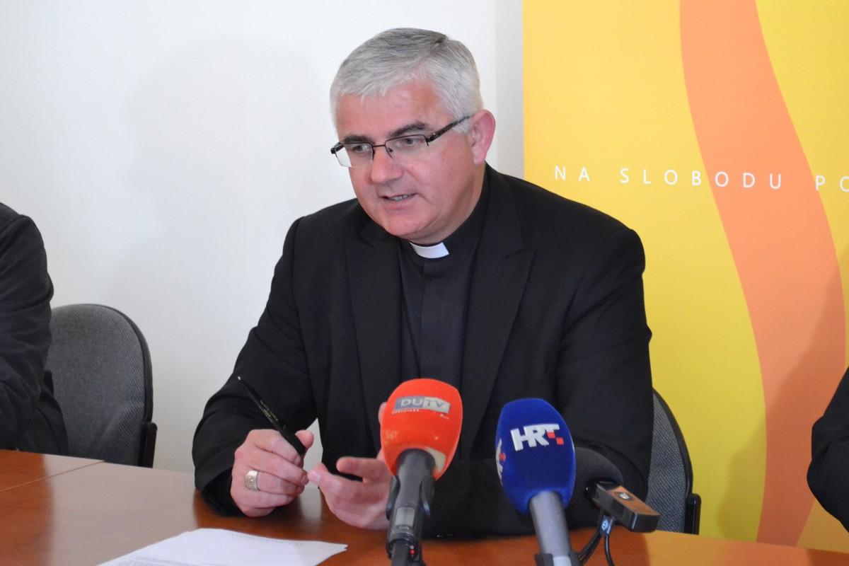 Biskup Uzinić