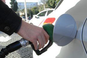 Od sutra padaju cijene goriva