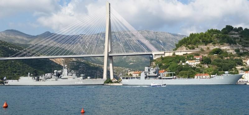"""LEZBOS"" I ""NIKIFOROS FOKAS"" Dva grčka ratna broda u gruškoj luci se pridružila brazilskoj fregati"