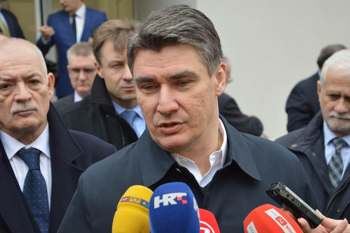 Zoran Milanović, Plat, otvaranje trafostanice