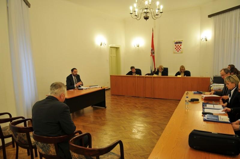 AFERA REVELIN Vlahušićeva obrana tražila izuzimanje dokaza, sjednica ponovno odgođena