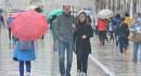 FOTO Stradun pod kišobranima na prvi proljetni petak