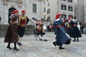 DUBROVAČKI ZIMSKI FESTIVAL: FA Linđo @ Ispred Crkve svetog Vlaha   Dubrovnik   Hrvatska
