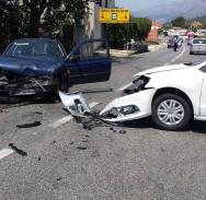 PROMETNA NA ZVEKOVICI Sudar dva vozila na skretanju za Cavtat