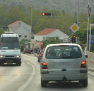 ETO, DA NE BUDE DOSADNO Na magistrali novi semafori, na posao krenite i po sat vremena ranije!