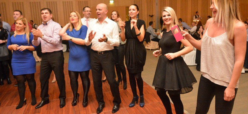 FOTOGALERIJA / VIDEO Evo tko se sve zabavljao na Noći Neumljana!