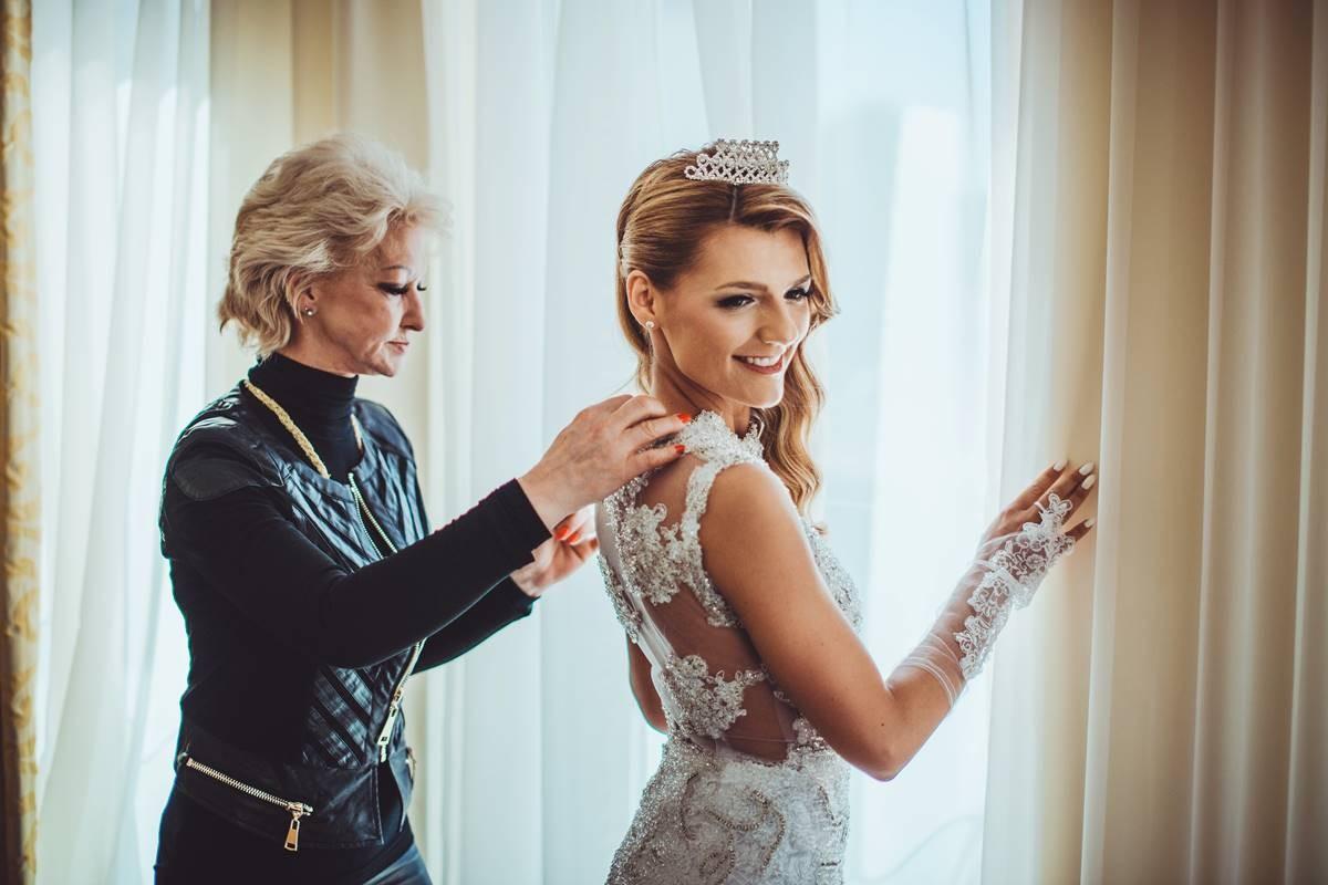 Ana Maria Gurdulić zablistala u vjenčanici slavne Branke Vukušić - DuList.hr