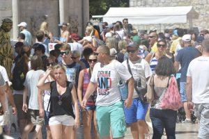 Domaći turisti lani u Hrvatskoj potrošili bar 1,5 milijardi eura