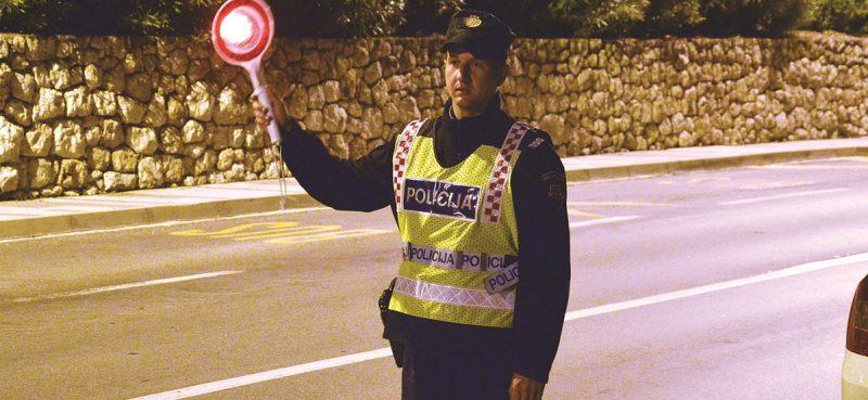 TJEDAN NA CESTAMA Policija kaznila 293 'gasera'