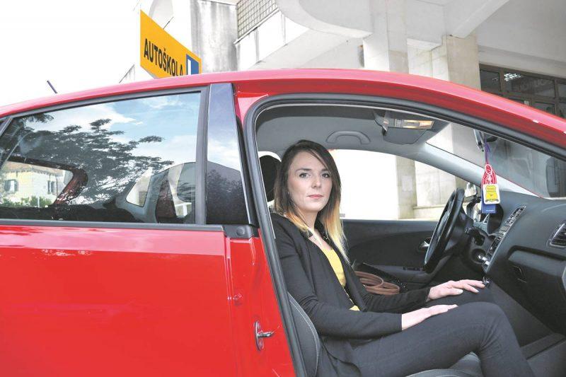 Jedina dubrovačka instruktorica vožnje: Upoznajte Jasminu!