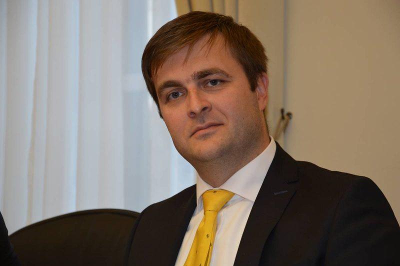 Ministar Ćorić: Prerano je za stalna zapošljavanja u hotelima
