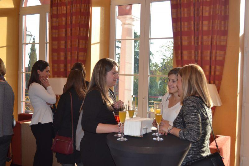 FOTO Popodnevna čajanka u Hiltonu