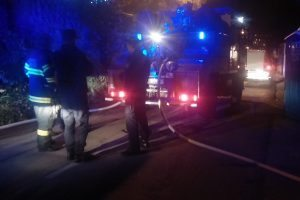 IZGORJELO VIŠE OD 80 HEKTARA Vatrogasci još čuvaju požarište u Zažablju