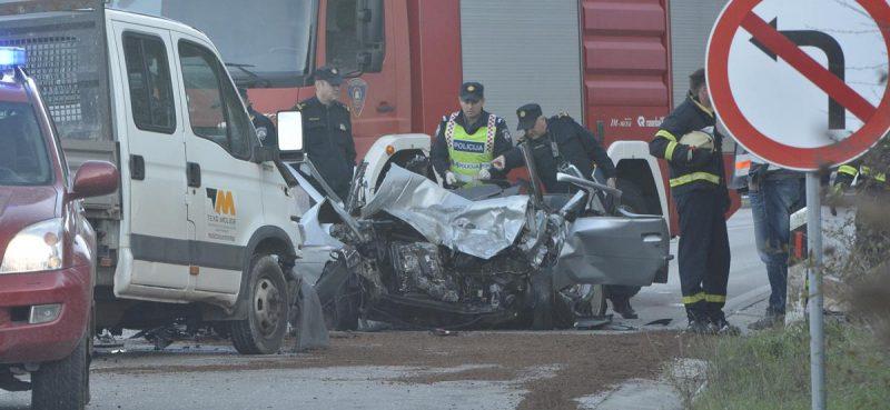 FOTO/VIDEO U teškoj prometnoj nesreći u Konavlima poginula jedna osoba