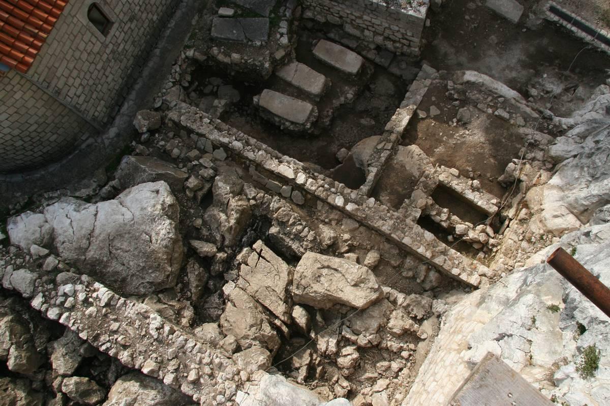 Arheologija različitih tipova datiranja koja se koriste