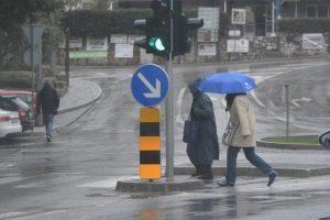 U nedjelju obilna kiša i grmljavina